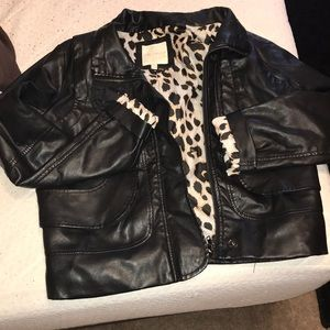 Faux leather black jacket with cheetah print